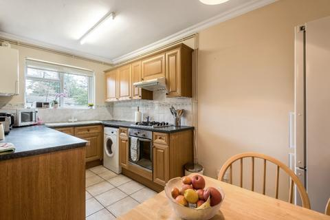 2 bedroom apartment for sale - Beacon Hill Court, Hindhead, Surrey