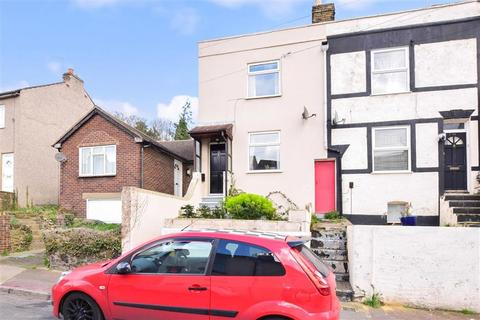 2 bedroom end of terrace house for sale - Constitution Road, Chatham, Kent
