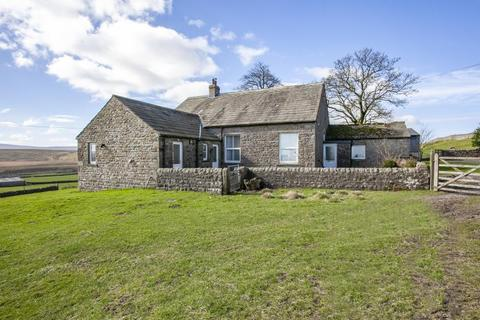 4 bedroom detached house to rent - Three Chimneys Farm, Stainmore Road, Bowes, Barnard Castle, Co. Durham