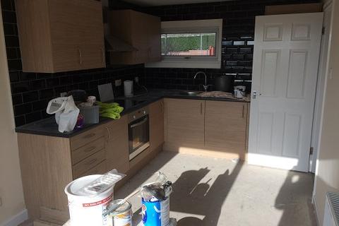 3 bedroom terraced house to rent - Golfdrum Street, Dunfermline, Fife, KY12 8DZ