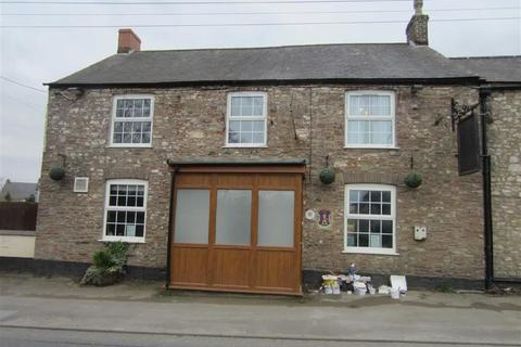 3 bedroom flat to rent - Wotton Road, Charfield Wotton-Under-Edge