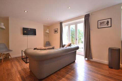 1 bedroom flat to rent - Walcot Buildings, Bath, BA1