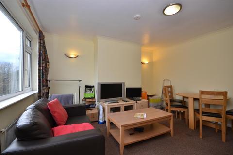 4 bedroom terraced house to rent - Alpine Gardens, Bath, BA1