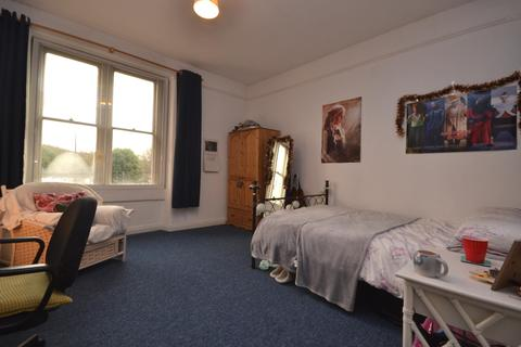 4 bedroom property to rent - Hanover Place, London Road, Bath, BA1