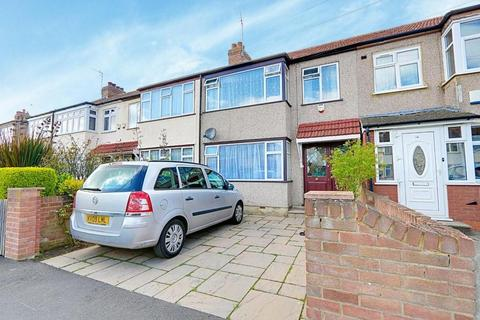 3 bedroom terraced house for sale - Lynhurst Road, Hillingdon, UB10