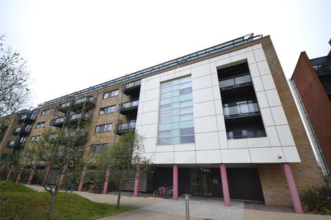 1 bedroom apartment for sale - Hartland House, Ferry Court, Cardiff Bay, Cardiff, CF11