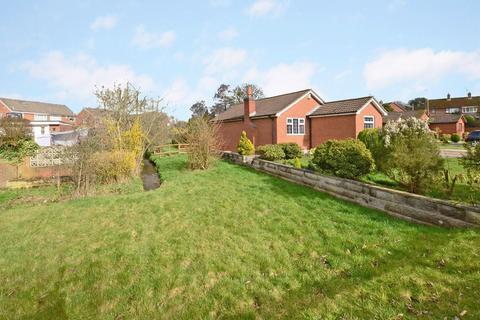 3 bedroom detached bungalow for sale - Poplar Close, Blythe Bridge, ST11 9RJ