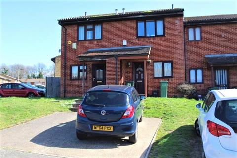 2 bedroom terraced house to rent - Sandpiper Way, St Pauls Cray, Orpington, BR5 3NS