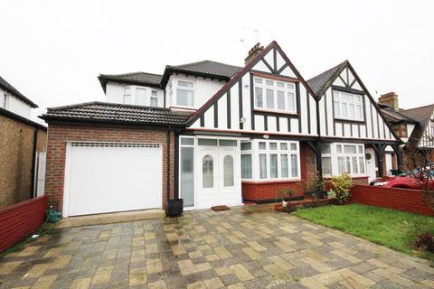 4 bedroom semi-detached house to rent - Hillside Gardens, Edgware, Middlesex, HA8 8HB