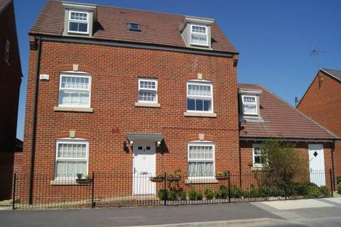 4 bedroom house to rent - Sparrowhawk Way, Jennetts Park, Bracknell