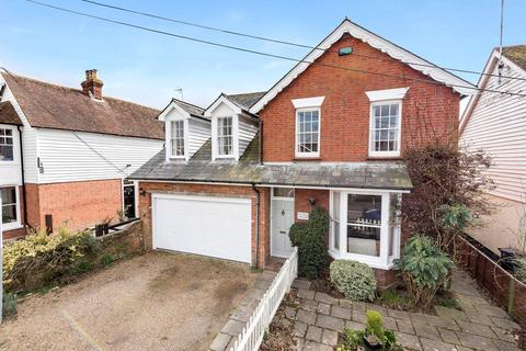 5 bedroom detached house for sale - Moat Road, Headcorn