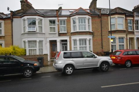 1 bedroom house share to rent - Avignon Road, Brockley London SE4 Viewing 09/06/2017