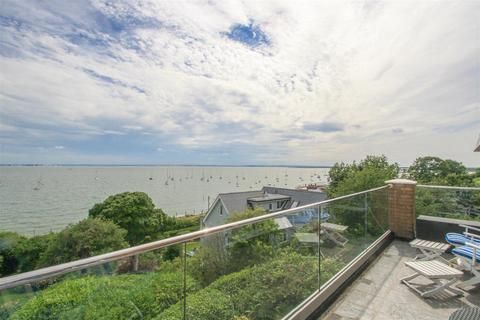 4 bedroom penthouse for sale - Grand Parade, Leigh-on-Sea