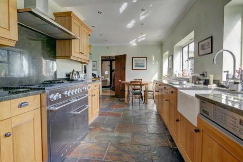 4 bedroom detached house for sale - St Georges Road, Bickley, BR1