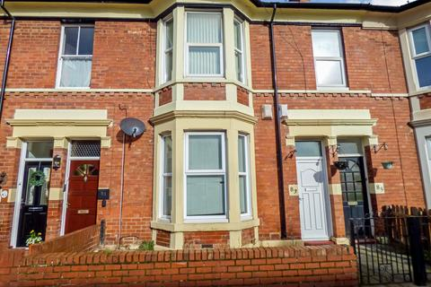 2 bedroom ground floor flat to rent - Belford Terrace, North Shields, Tyne and Wear, NE30 2DA