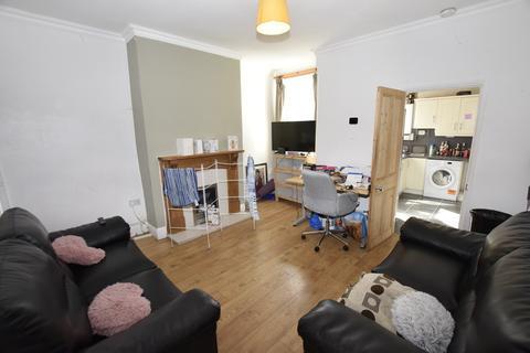 3 bedroom house share to rent - Campion Street, Derby DE22 3EF