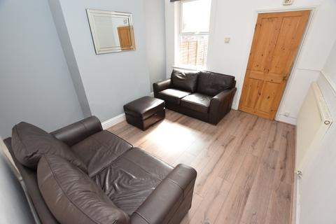3 bedroom house share to rent - Watson Street, Derby