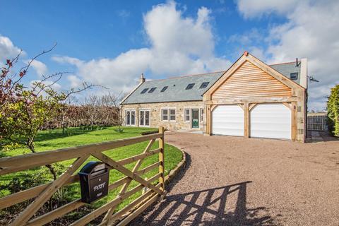5 bedroom detached house for sale - Great Whittington NE19