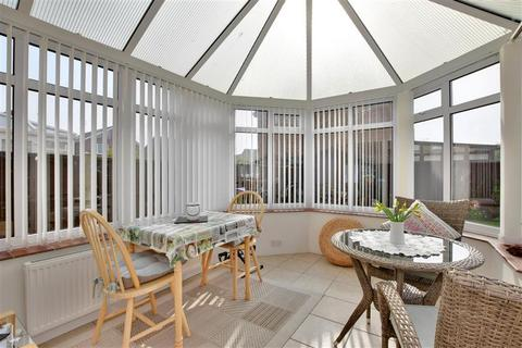 3 bedroom detached house for sale - Gloucester Mews, New Romney, Kent