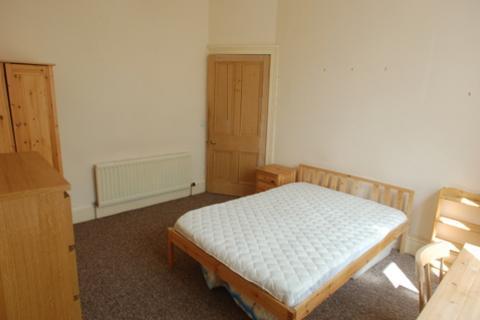 3 bedroom flat to rent - Roseneath Terrace, , Edinburgh, EH9 1JN