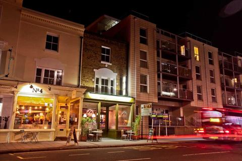 1 bedroom apartment to rent - Canute Apartments, 6-9 Canute Road, Southampton