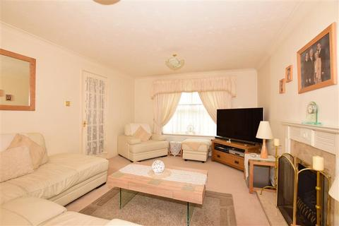 4 bedroom detached house for sale - Wingrove Drive, Strood, Rochester, Kent