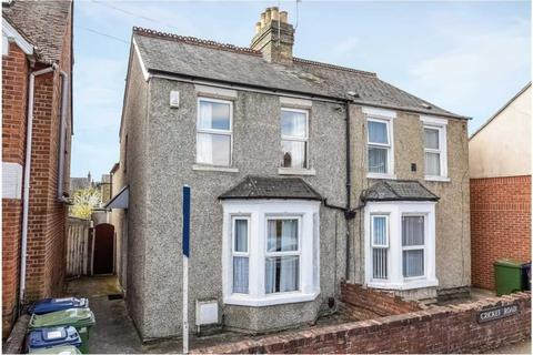 6 bedroom semi-detached house to rent - Cricket Road, Headington **NO FEES**