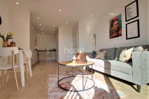 2 bedroom flat to rent - Cockerell Court