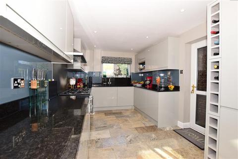 4 bedroom detached house for sale - Cornwallis Avenue, Herne Bay, Kent