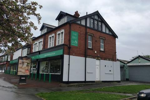 2 bedroom apartment to rent - Crossgates Road, Leeds
