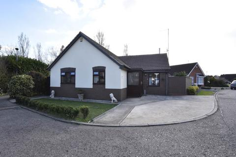 3 bedroom bungalow for sale - Off Thorpe Road, Peterborough,