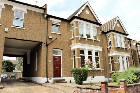 2 bedroom apartment to rent - Brownlow Road, Bounds Green, London, N11