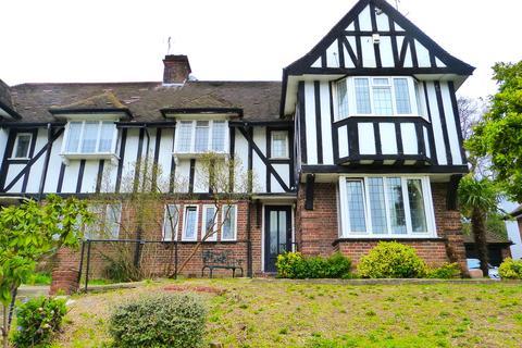 3 bedroom maisonette for sale - LYTTLETON ROAD, HAMPSTEAD GARDEN SUBURB, LONDON, N2