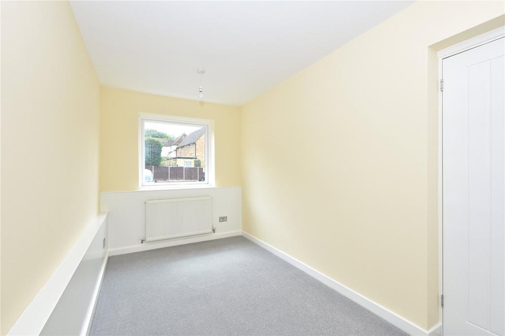 Grenville Court Chorleywood Hertfordshire Wd3 3 Bed