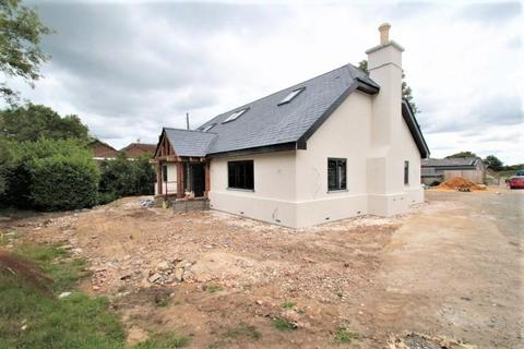4 bedroom property with land for sale - Cudham Lane South, Cudham, Sevenoaks, Kent, TN14 7QD