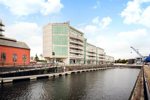 2 bedroom penthouse for sale - Sovereign Quay, Havannah Street, Cardiff, CF10
