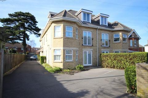 2 bedroom apartment to rent - Harvey Road, Pokesdown, Bournemouth