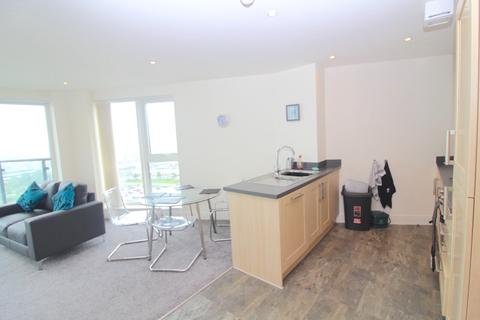 2 bedroom flat to rent - Meridian Tower, Trawler Road, Swansea