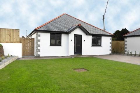 3 bedroom bungalow for sale - NO. 1 TRENERTH MEADOWS, LEEDSTOWN, TR27