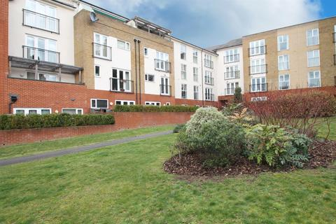 2 bedroom apartment for sale - Bambridge Court, Maidstone