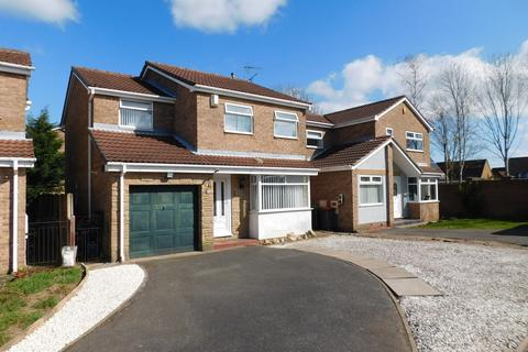 4 bedroom detached house for sale - Bracken Close, Kirkby-in-Ashfield