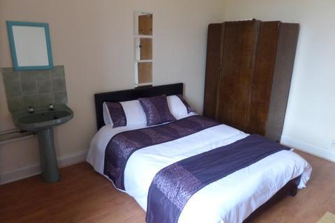 5 bedroom flat to rent - Woodlands - Woodlands Road - HMO