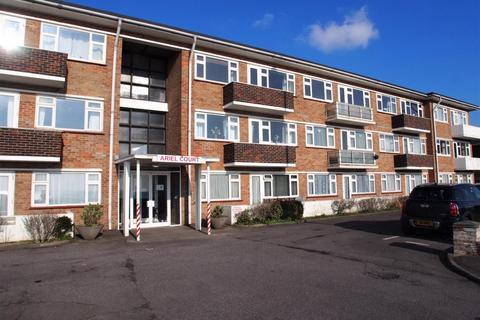 2 bedroom flat to rent - Ariel Court, Brighton Road, BN15