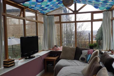 1 bedroom flat to rent - AIREVILLE AVENUE, BRADFORD, BD9 4ER