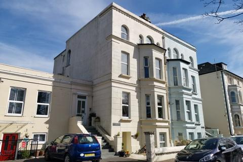 2 bedroom flat to rent - Guildersfield, Norfolk Square, Bognor Regis, West Sussex. PO21 2JA