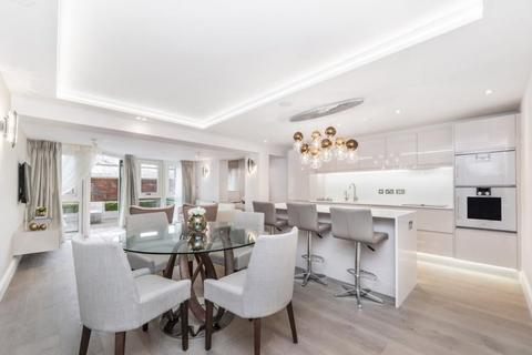 3 bedroom flat to rent - St James Close, Prince Albert Road, St Johns Wood, NW8