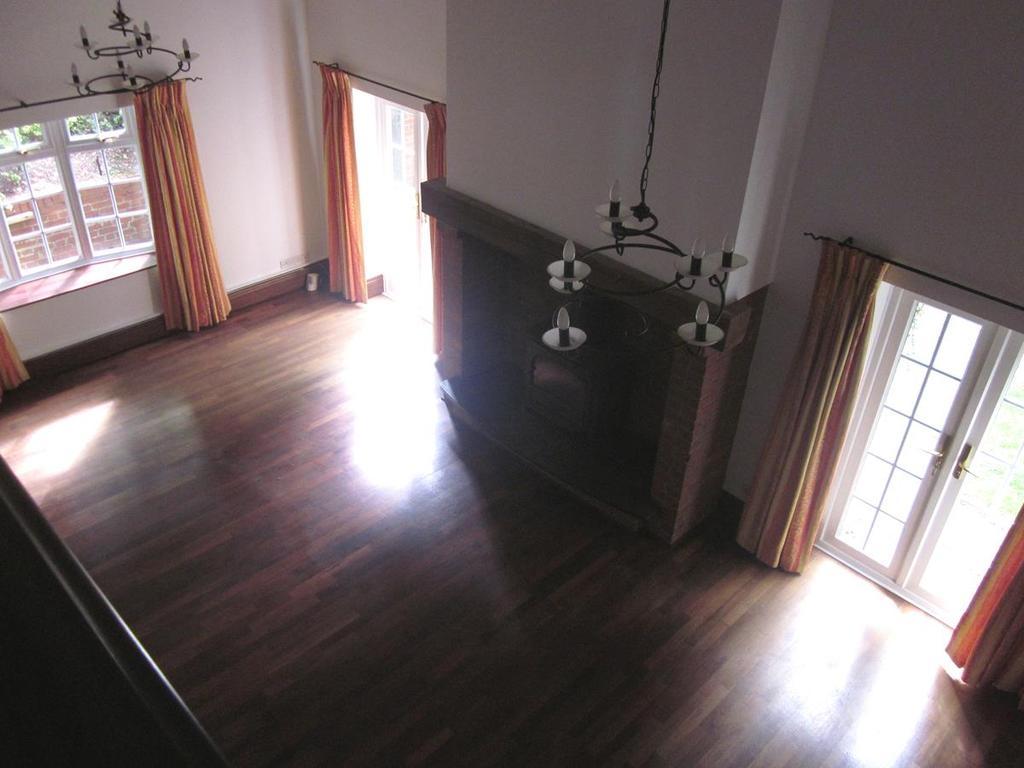 Bryony Sitting Room 010
