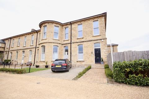 3 bedroom semi-detached house to rent -  Adler Close, Bracebridge Heath, Lincoln, LN4