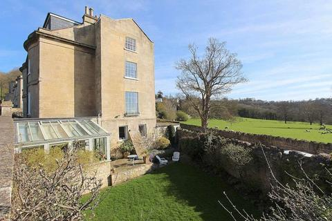 5 bedroom semi-detached house for sale - Macaulay Buildings, Widcombe