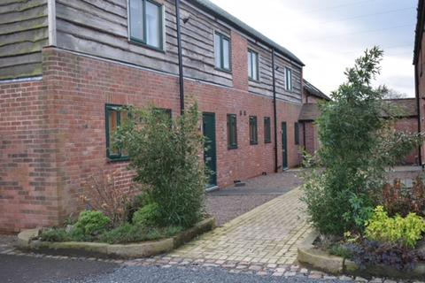 4 bedroom barn conversion to rent - Bills Lane, Shirley